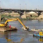 لایروبی کارون هر سه سال یکبار حداقل ۷۵۰،۰۰۰،۰۰۰،۰۰۰ تومان هزینه میخواهد/ حریم رودها را برای خودشان بگذاریم